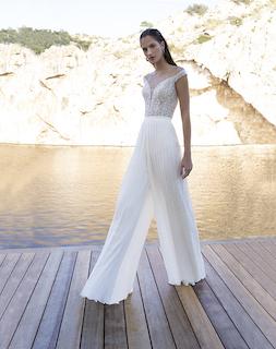 Hose und Oberteil zur Hochzeit
